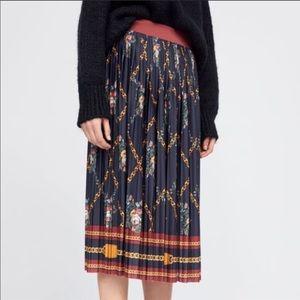 Zara chain print skirt in s NWT